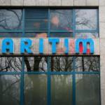 Farbe gegen Maritim Hotel wegen AFD-Veranstaltung