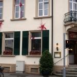 """Freiburger """"Hotel zum Schiff"""" mit Farbe markiert"""