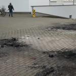 Autos von Wohnungsbaugesellschaft ABG abgefackelt, Reifen zerstochen