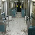 Scheiben von S-Bahn zerschlagen