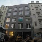 Farbe gegen Neubau