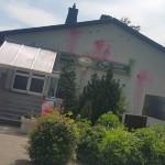 Farbe gegen AfD-Lokal