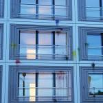 Zweimal Farbe gegen Luxus-Neubau