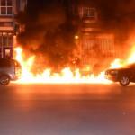 Farbe, Steine und Feuer gegen die Stadt der Reichen