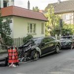 Autos abgefackelt