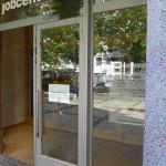 Attacken gegen Jobcenter und Immobüro