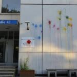 Farbe gegen BAMF (Bundesamt für Migration und Flüchtlinge)