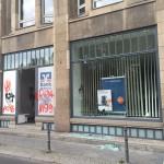 Attacken gegen Immobüros und Bank