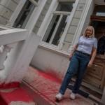 Farbe gegen Haus von Andrea Konorza (Alfa)