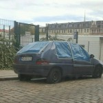 Auto der Anmelderin von Naziaufmarsch beschädigt