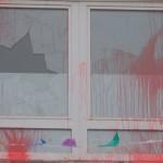 Feuer gegen Vereinsheim, Farbe gegen Kulturverein