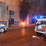 Brandanschlag auf Polizeigebäude