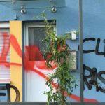 Farbe gegen Wohnhaus von Dominik Class (AfD)