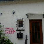 Farbe gegen Haus der Burschenschaft KDStV Bodensee