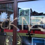 Scheiben bei Büro der Deutschen Burschenschaft beschädigt