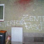"""Farbe gegen Sitz von """"Zentrum Automobil"""""""