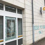 Glasbruch und Farbe gegen Commerzbank