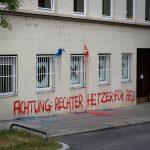 Farbe gegen Dehoga und Wohnhaus von Lukas Kuhs (AfD)