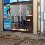 Steine gegen AfD-Büro