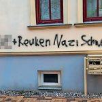 Briefkasten von Stephan Reuken (AfD) zerstört, Farbe und Bauschaum in Nazibriefkästen