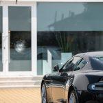 Über 40 Luxus-Autos beschädigt