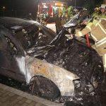 Auto eines Nazis abgefackelt