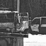 Fahrzeuge von an Gefängnisneubau beteiligten Firmen abgefackelt