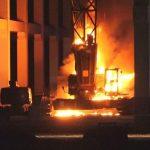 Baukran auf Amazon-Baustelle abgebrannt
