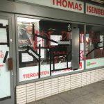Scheiben an SPD-Büro kaputt