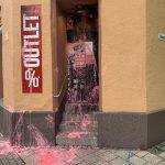 Farbe gegen 'Thor Steinar'-Laden