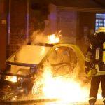 Auto einer Immobilienfirma ausgebrannt