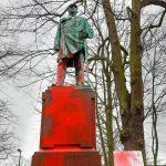 Bismarck-Statue angeschmiert