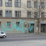"""Farbe und kaputte Scheiben an Rent24-""""Coworkingspace"""""""