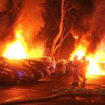 Diverse Autos in Berlin-Mitte ausgebrannt