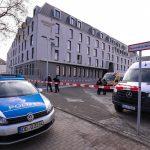 """Scheiben kaputt an Hotel-Neubau """"Arcotel HafenCity"""""""