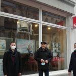 Stein in SPD-Büro geflogen und gesprühte Parolen