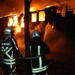Nazi-Konzerthalle niedergebrannt