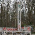 Kriegerdenkmal besprüht